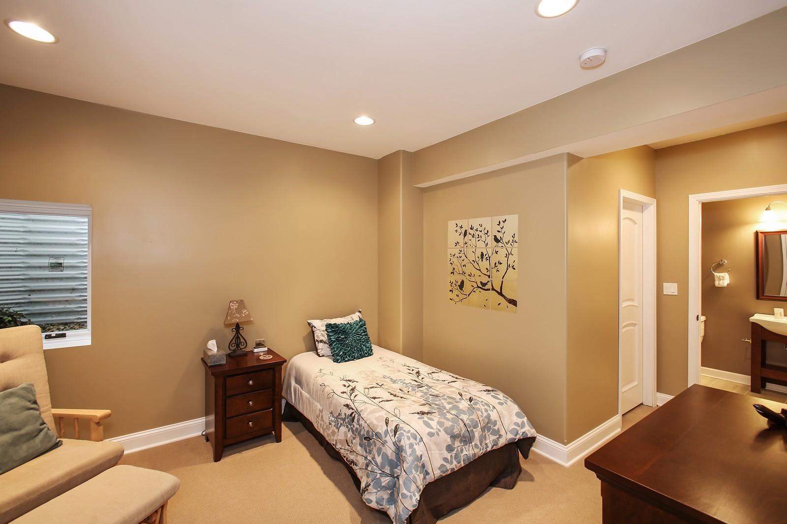 Real Estate Photography - 719 S Hillside Ave, Elmhurst, IL, 60126 - Bedroom