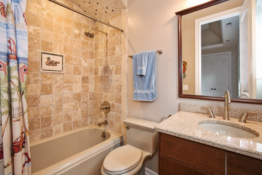 Real Estate Photography - 719 S Hillside Ave, Elmhurst, IL, 60126 - 3rd Bathroom