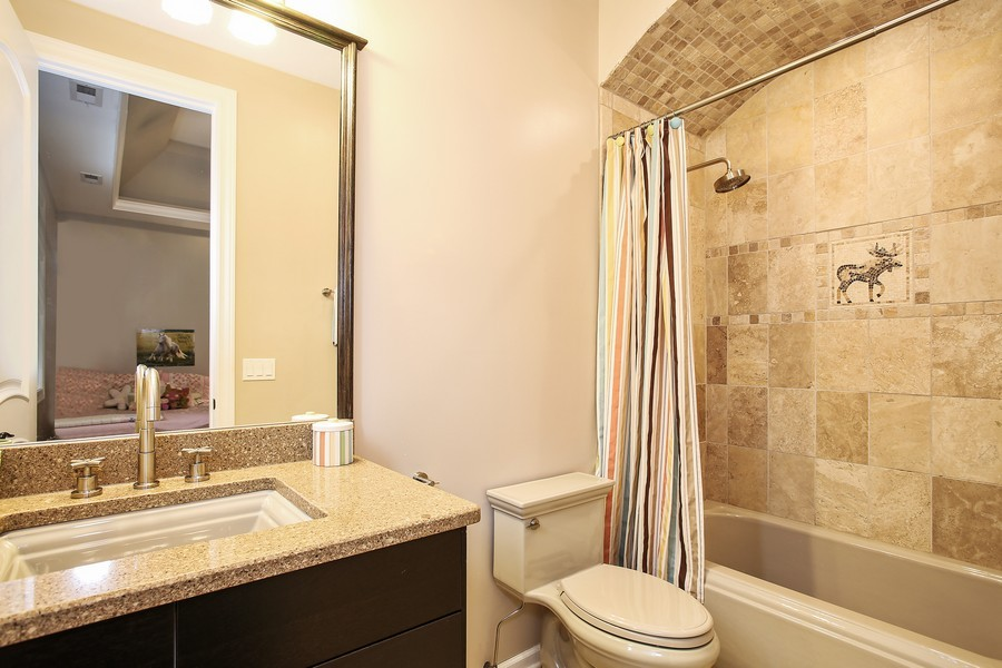 Real Estate Photography - 719 S Hillside Ave, Elmhurst, IL, 60126 - 2nd Bathroom