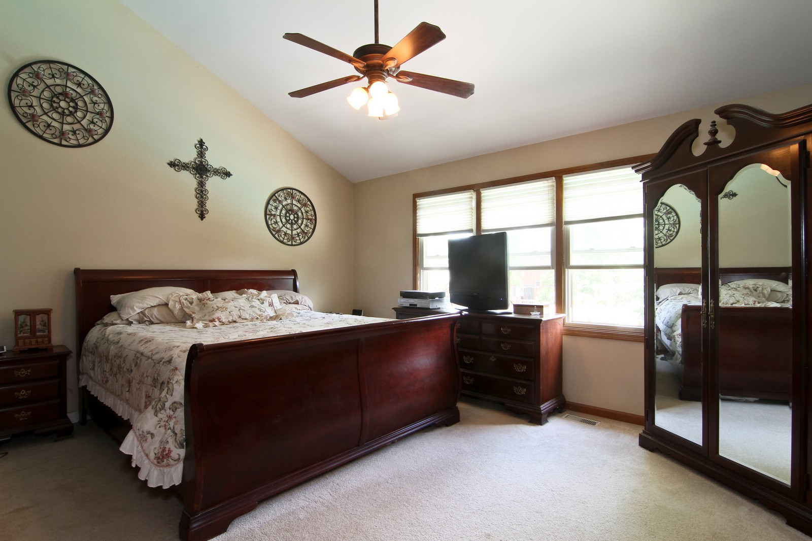 Real Estate Photography - 527 Lindley Rd, Westmont, IL, 60559 - Master Bedroom
