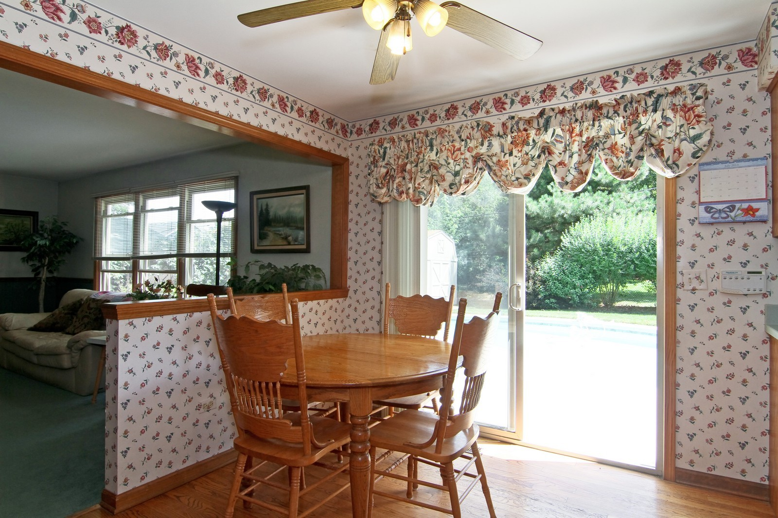 Real Estate Photography - 527 Lindley Rd, Westmont, IL, 60559 - Breakfast Area