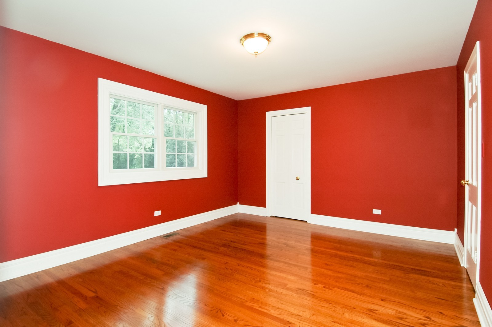 Real Estate Photography - 621 Miller Rd, North Barrington, IL, 60010 - Master Bedroom