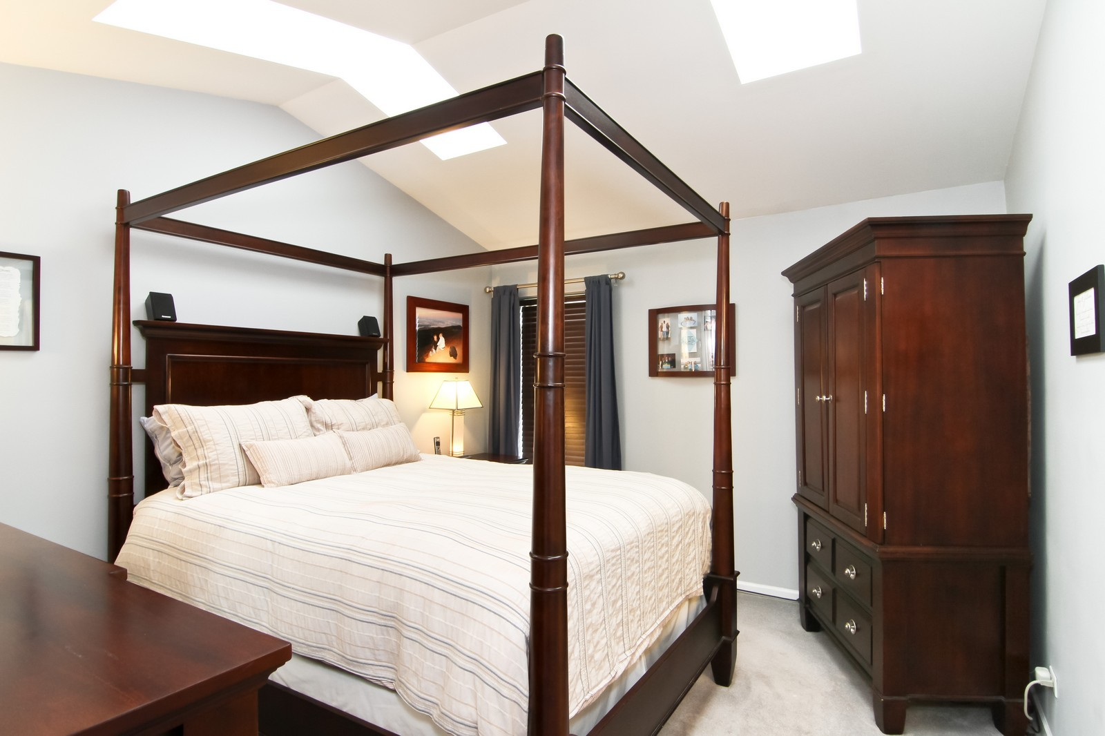 Real Estate Photography - 232 Carlisle Ave, Unit 232, Westmont, IL, 60559 - Master Bedroom