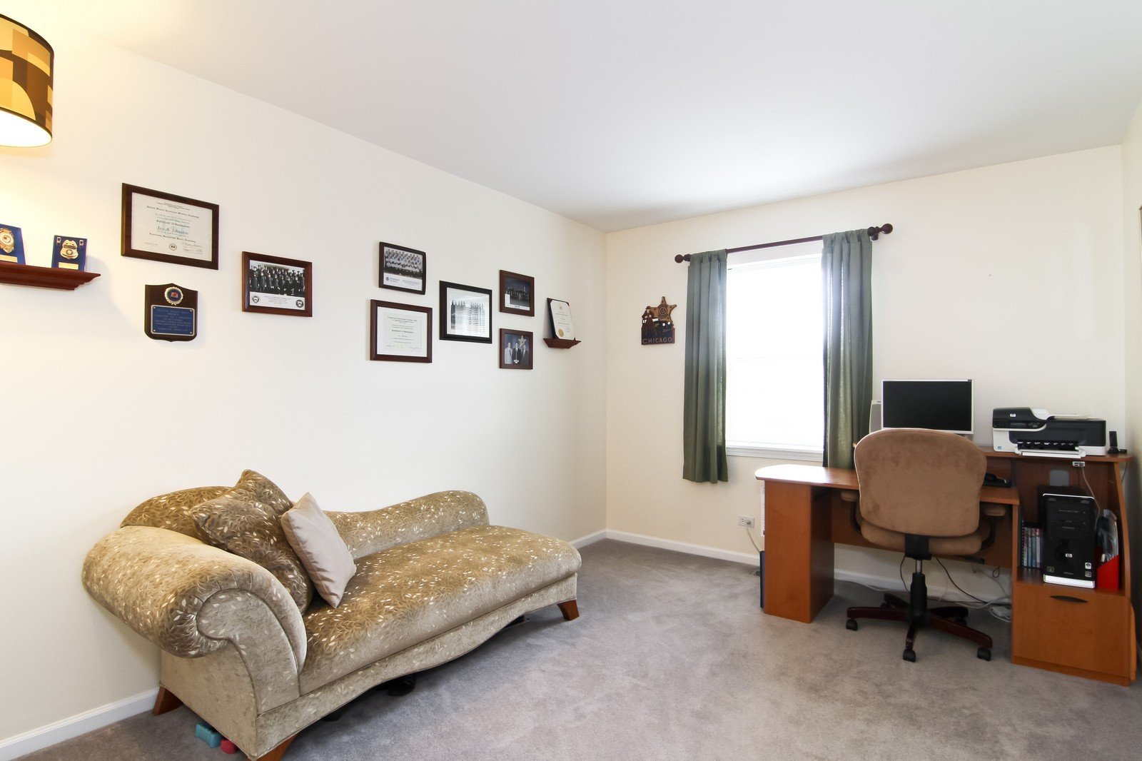 Real Estate Photography - 232 Carlisle Ave, Unit 232, Westmont, IL, 60559 - 2nd Bedroom