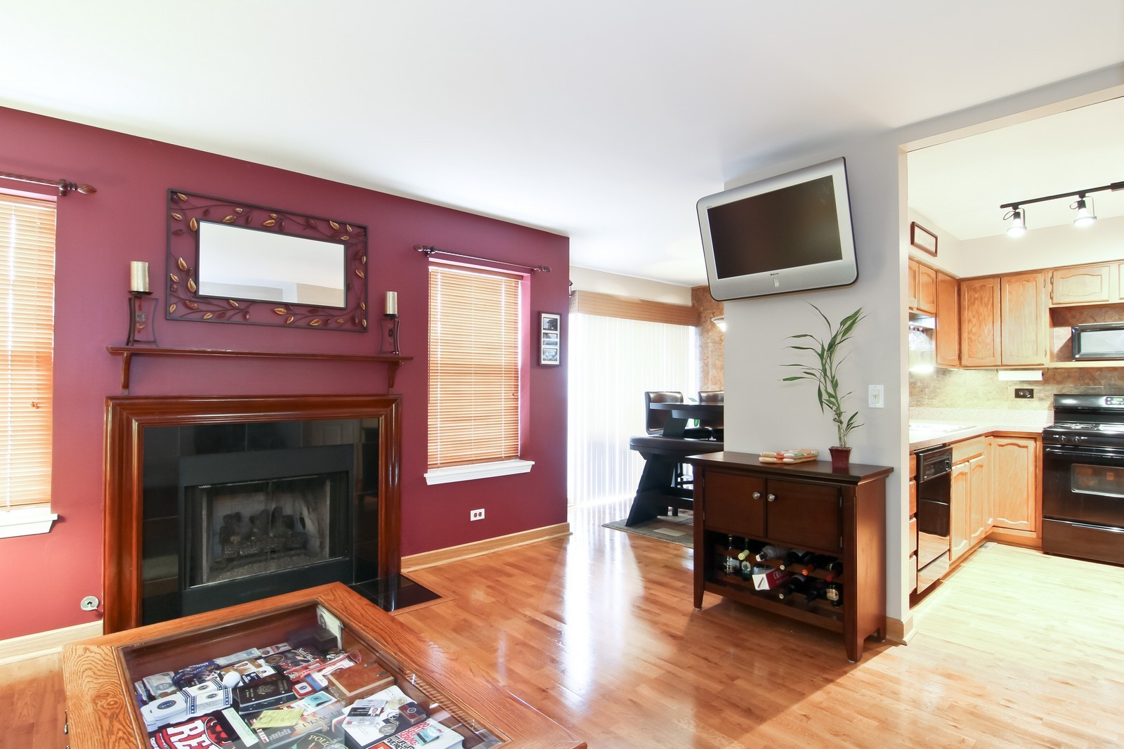 Real Estate Photography - 232 Carlisle Ave, Unit 232, Westmont, IL, 60559 - Family Room / Kitchen