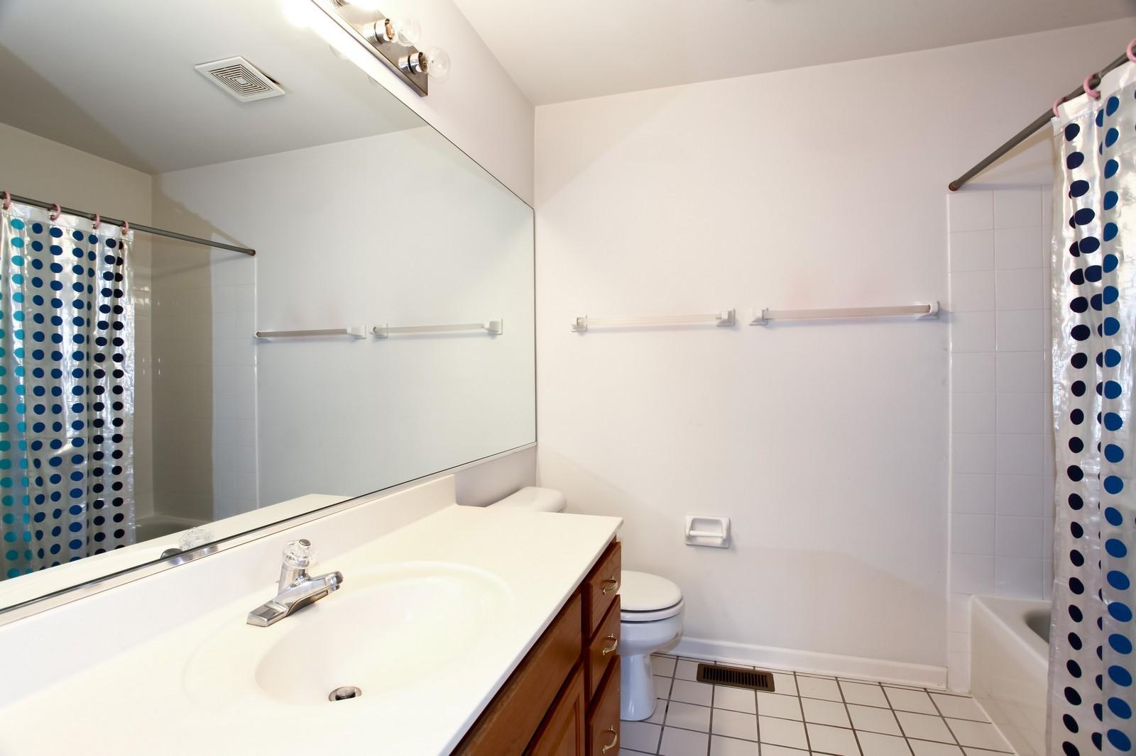 Real Estate Photography - 2412 Lexington Ln, Naperville, IL, 60540 - Master Bathroom