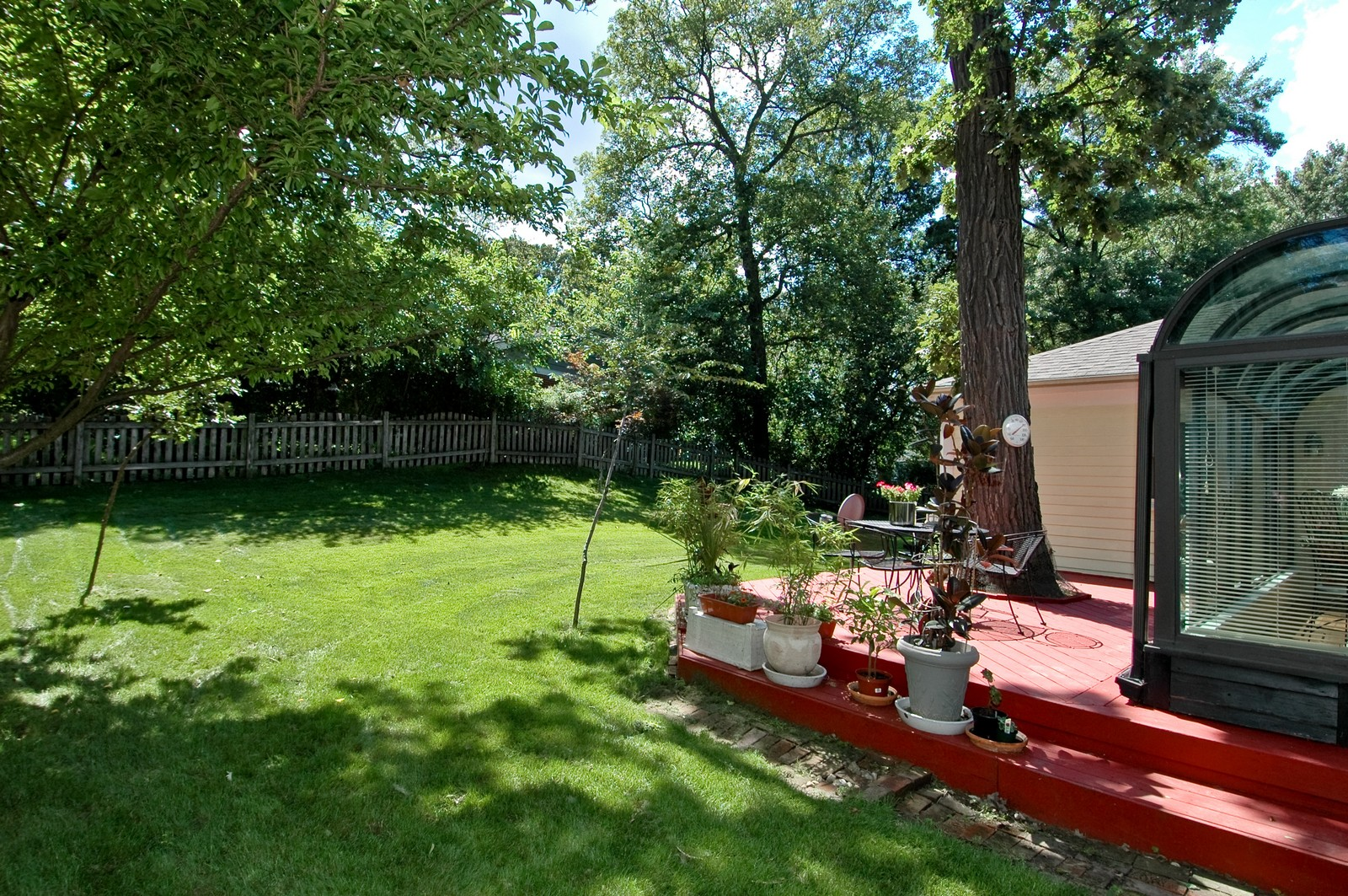 Real Estate Photography - 713 Concord Ln, Barrington, IL, 60010 - Back Yard