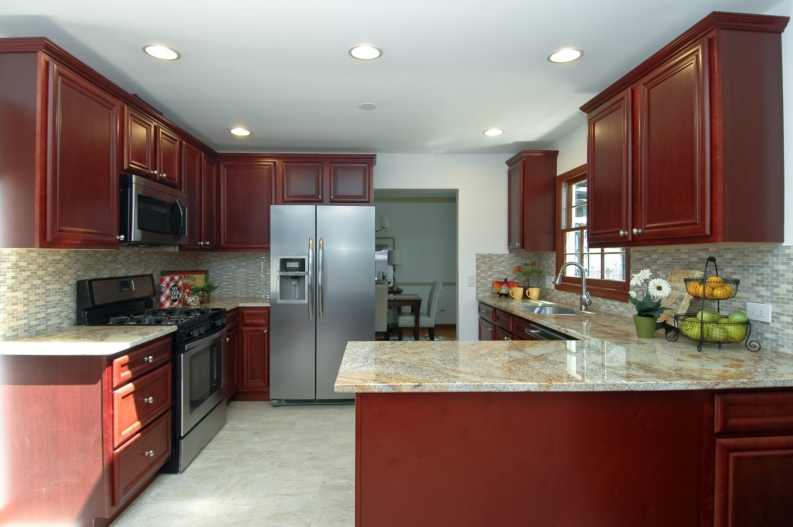 Real Estate Photography - 713 Concord Ln, Barrington, IL, 60010 - Kitchen
