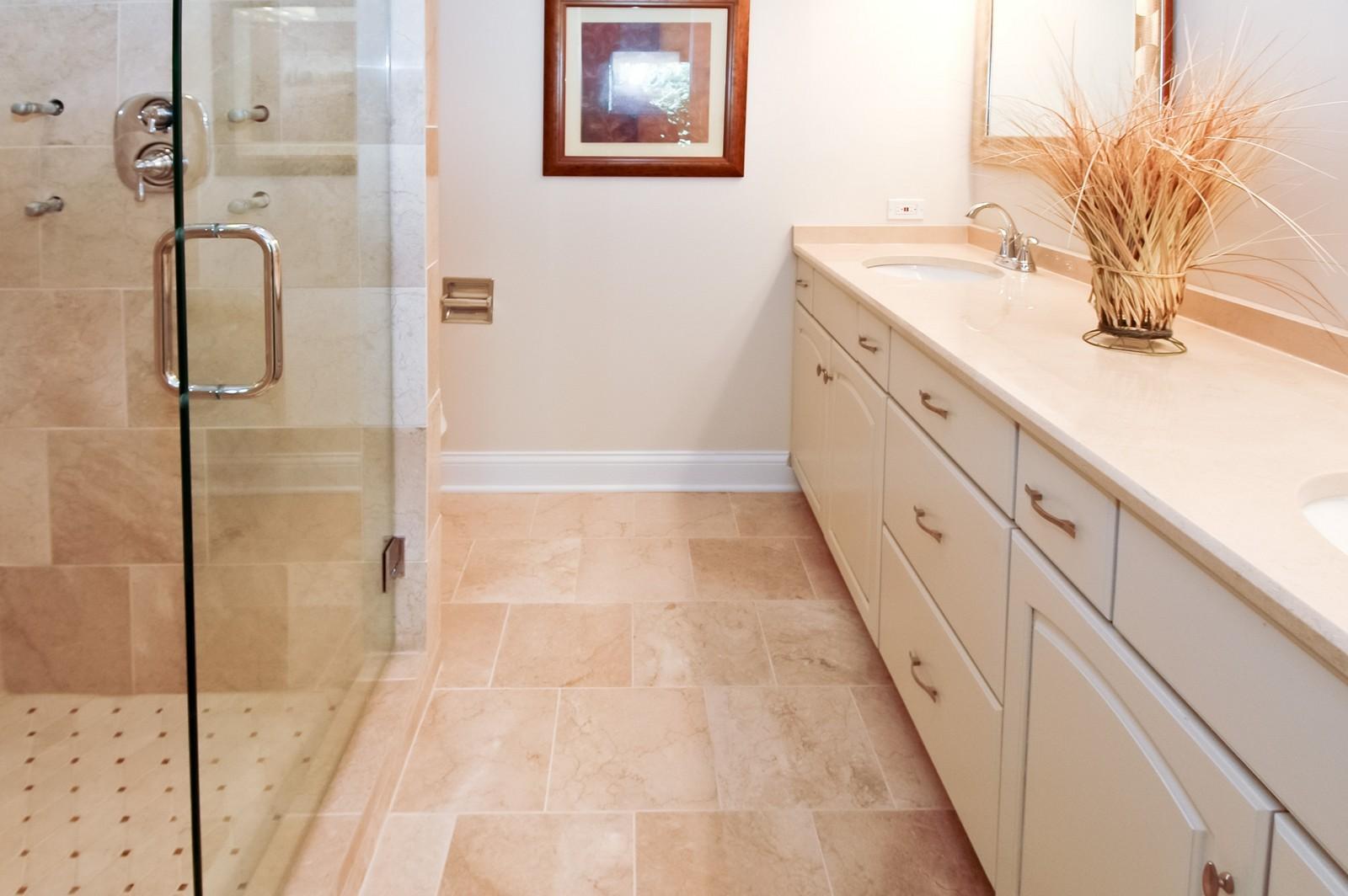 Real Estate Photography - 297 Oak Hill Rd, Lake Barrington, IL, 60010 - Master Bathroom
