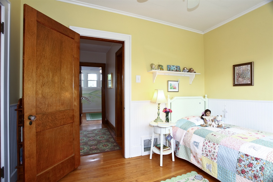 Real Estate Photography - 410 Grant St, Downers Grove, IL, 60515 - Bedroom 2 Alternate View