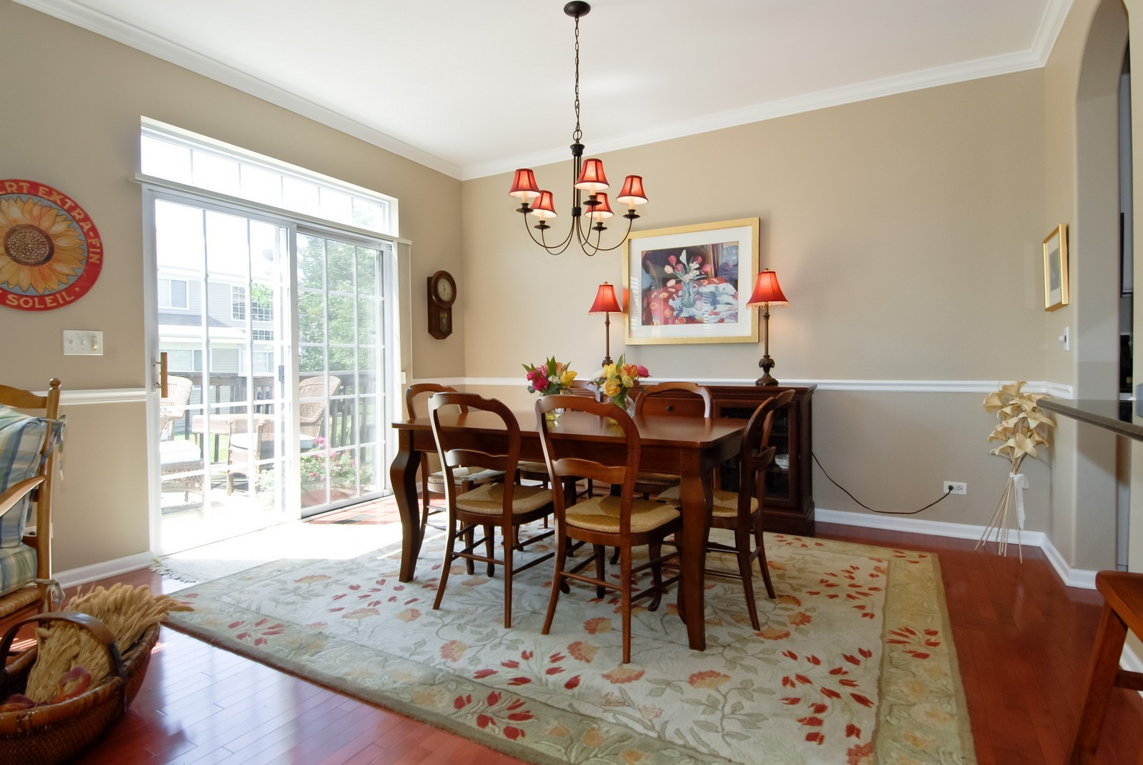 Real Estate Photography - 420 Cannon Dr, Geneva, IL, 60134 - Dining Room