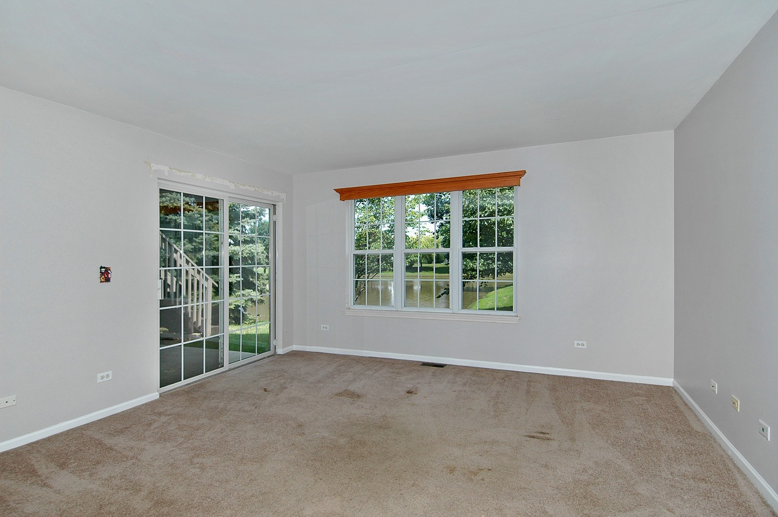 Real Estate Photography - 360 Crystal Ridge Dr, Unit A, Crystal Lake, IL, 60014 - Living Room