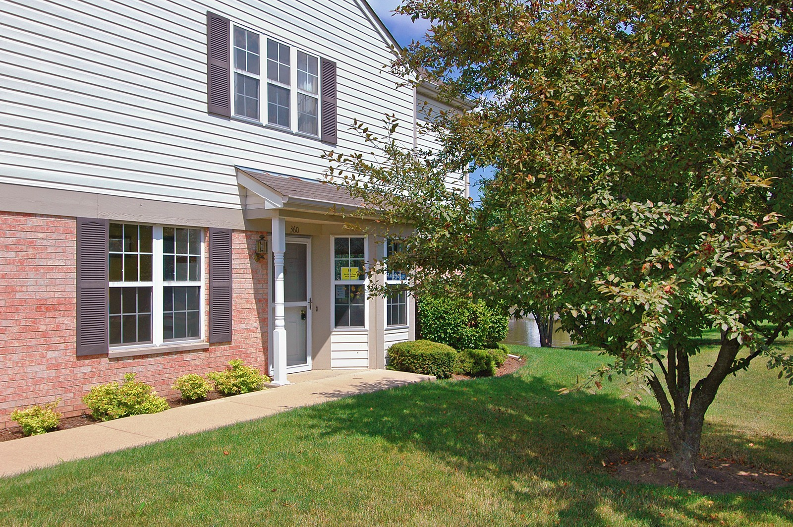 Real Estate Photography - 360 Crystal Ridge Dr, Unit A, Crystal Lake, IL, 60014 - Front View