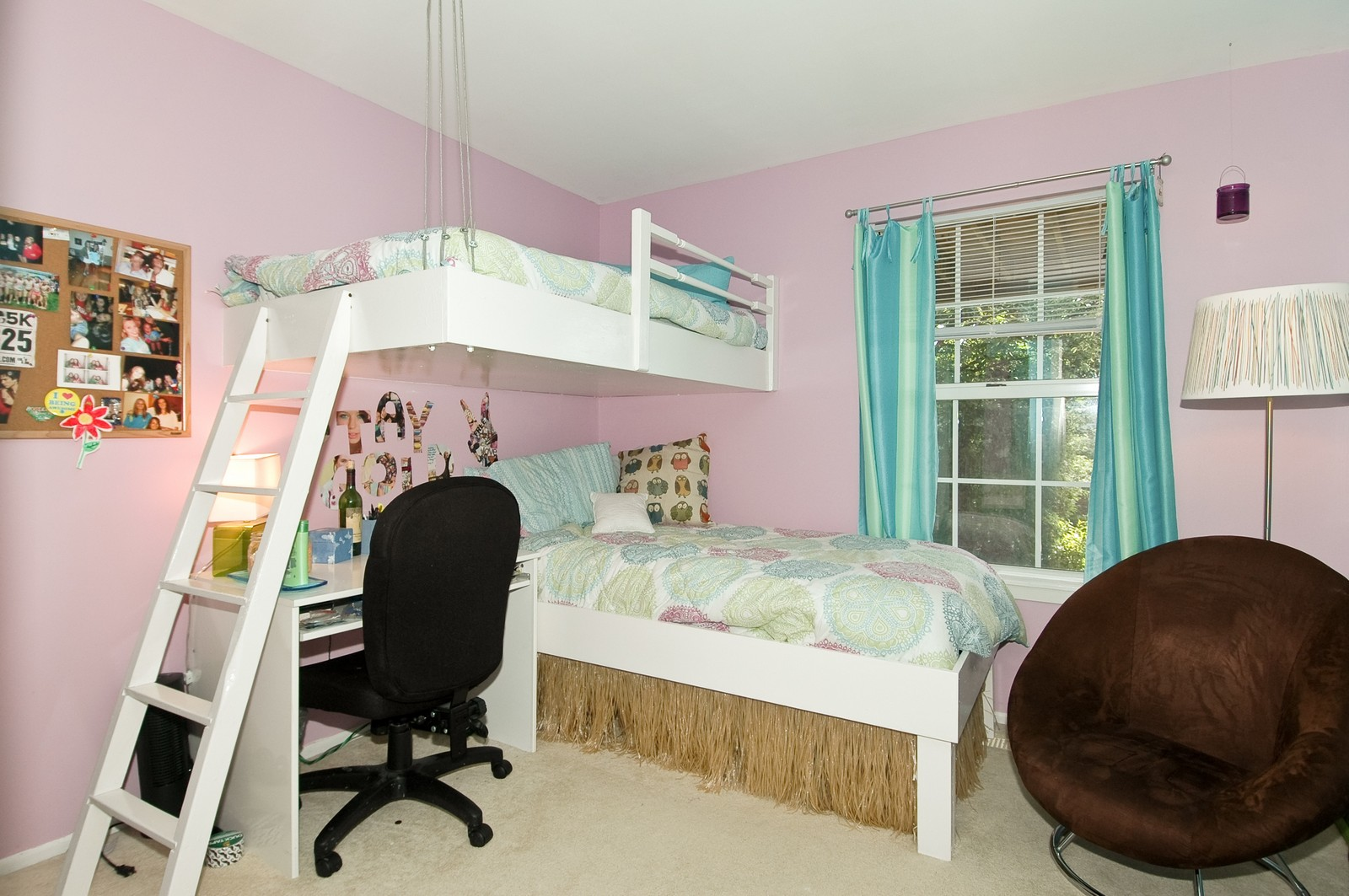 Real Estate Photography - 1687 Pearl Ct, Unit A, Crystal Lake, IL, 60014 - Bedroom