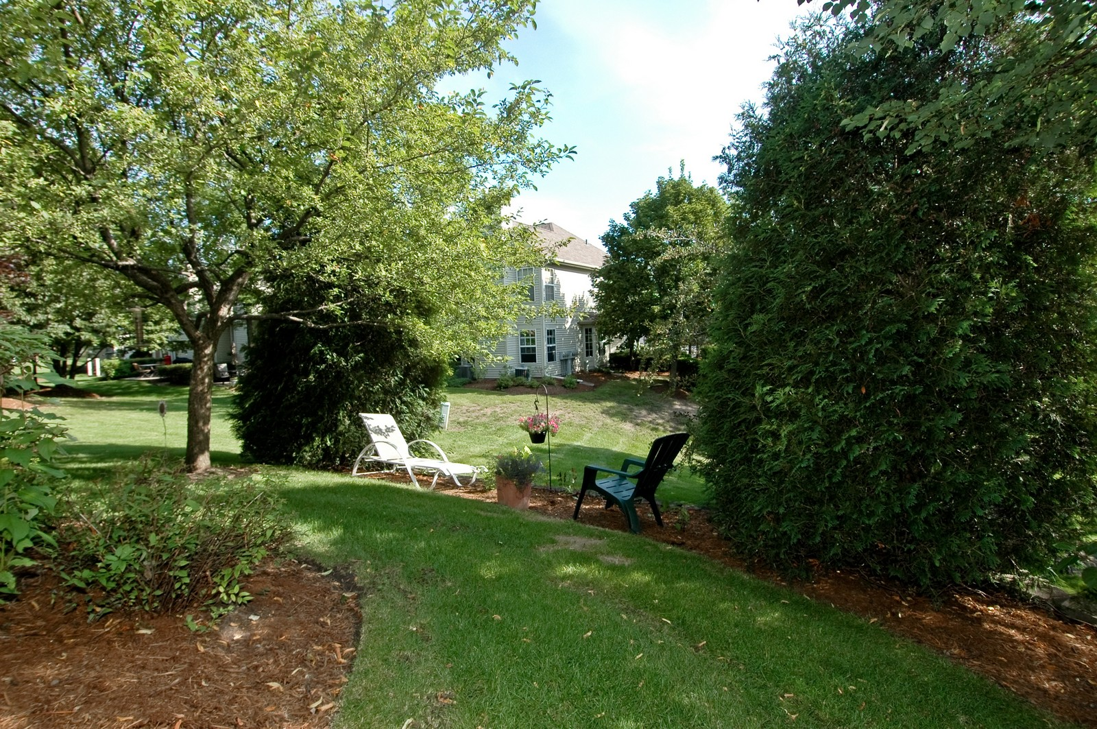 Real Estate Photography - 1687 Pearl Ct, Unit A, Crystal Lake, IL, 60014 - Back Yard