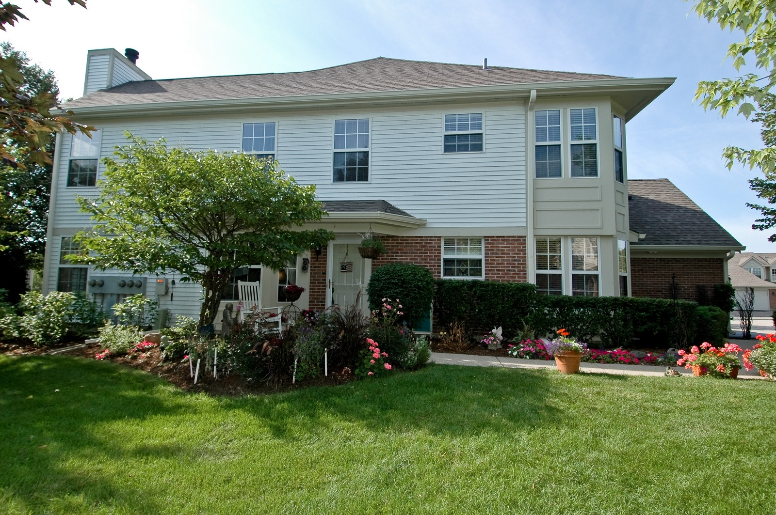 Real Estate Photography - 1687 Pearl Ct, Unit A, Crystal Lake, IL, 60014 - Front View