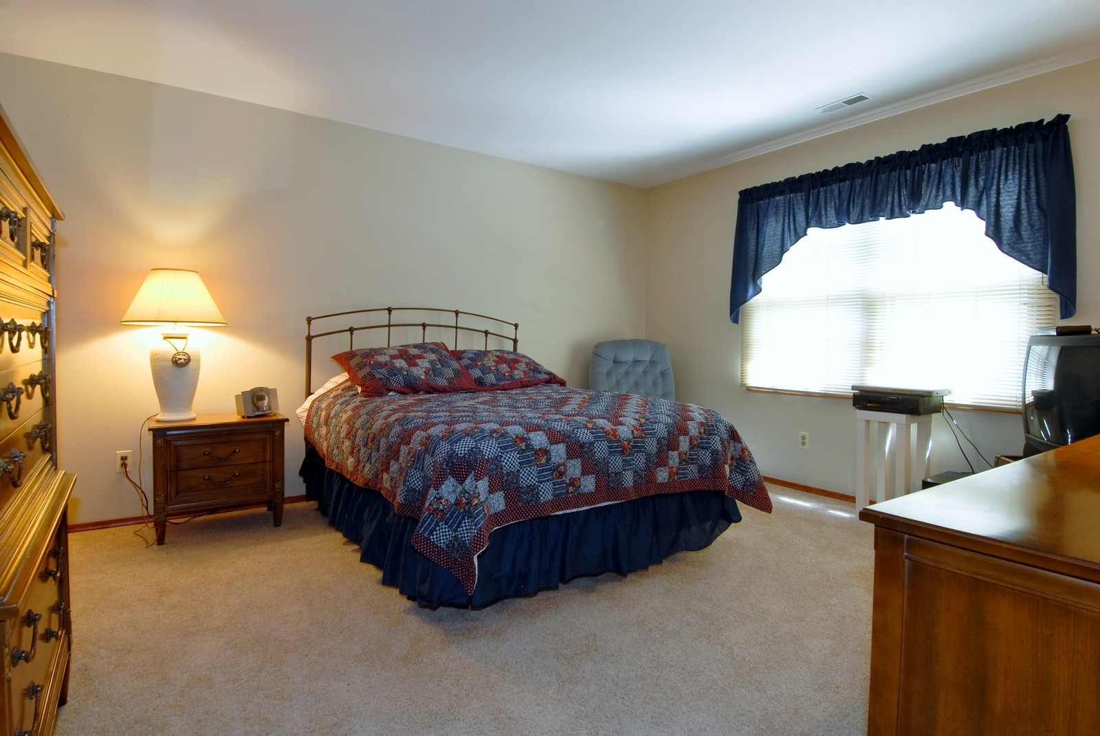 Real Estate Photography - 913 Lewis Rd, Geneva, IL, 60134 - 3rd Bedroom