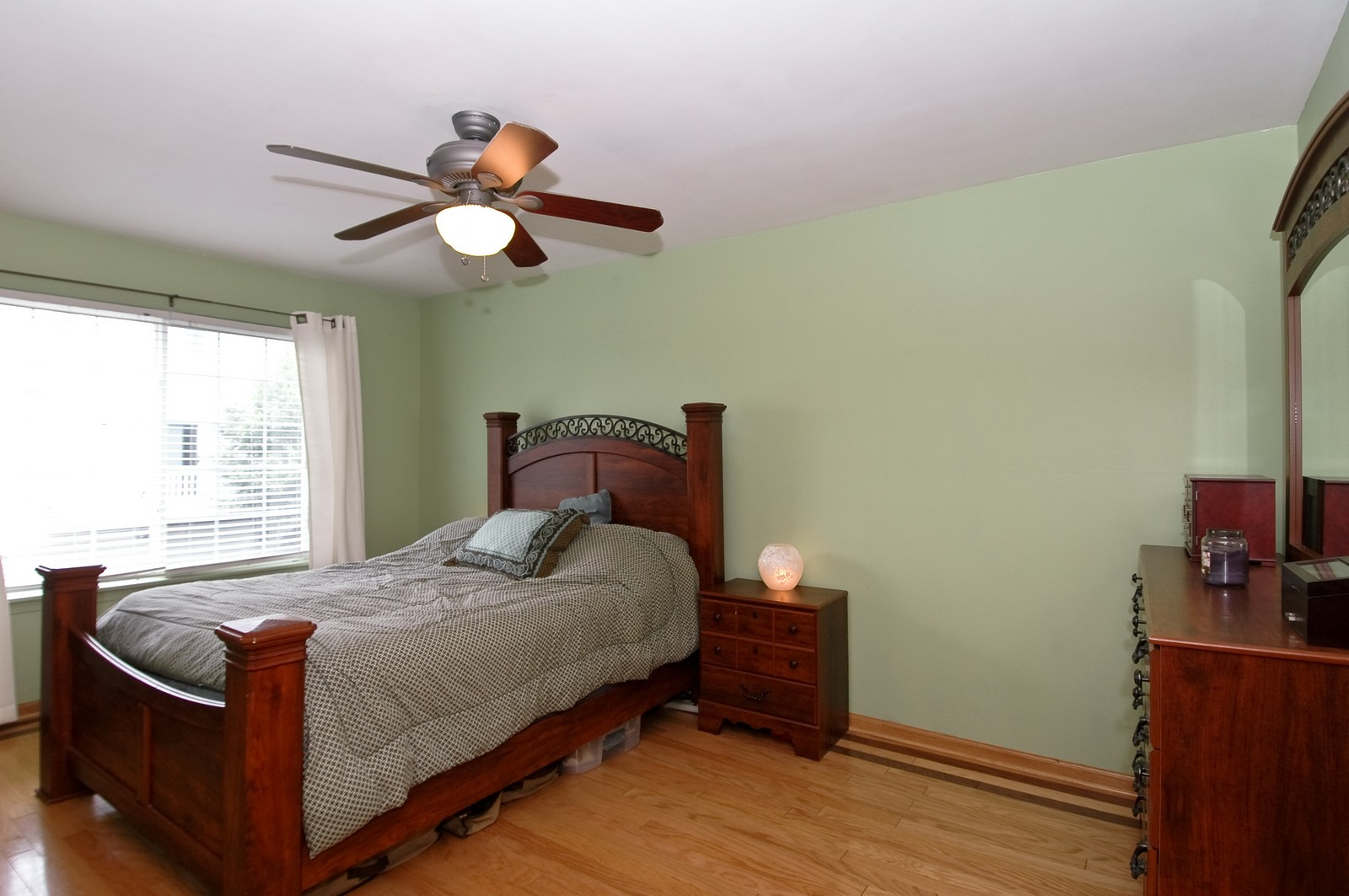 Real Estate Photography - 460 New Haven Dr, Unit 1, Cary, IL, 60013 - Master Bedroom