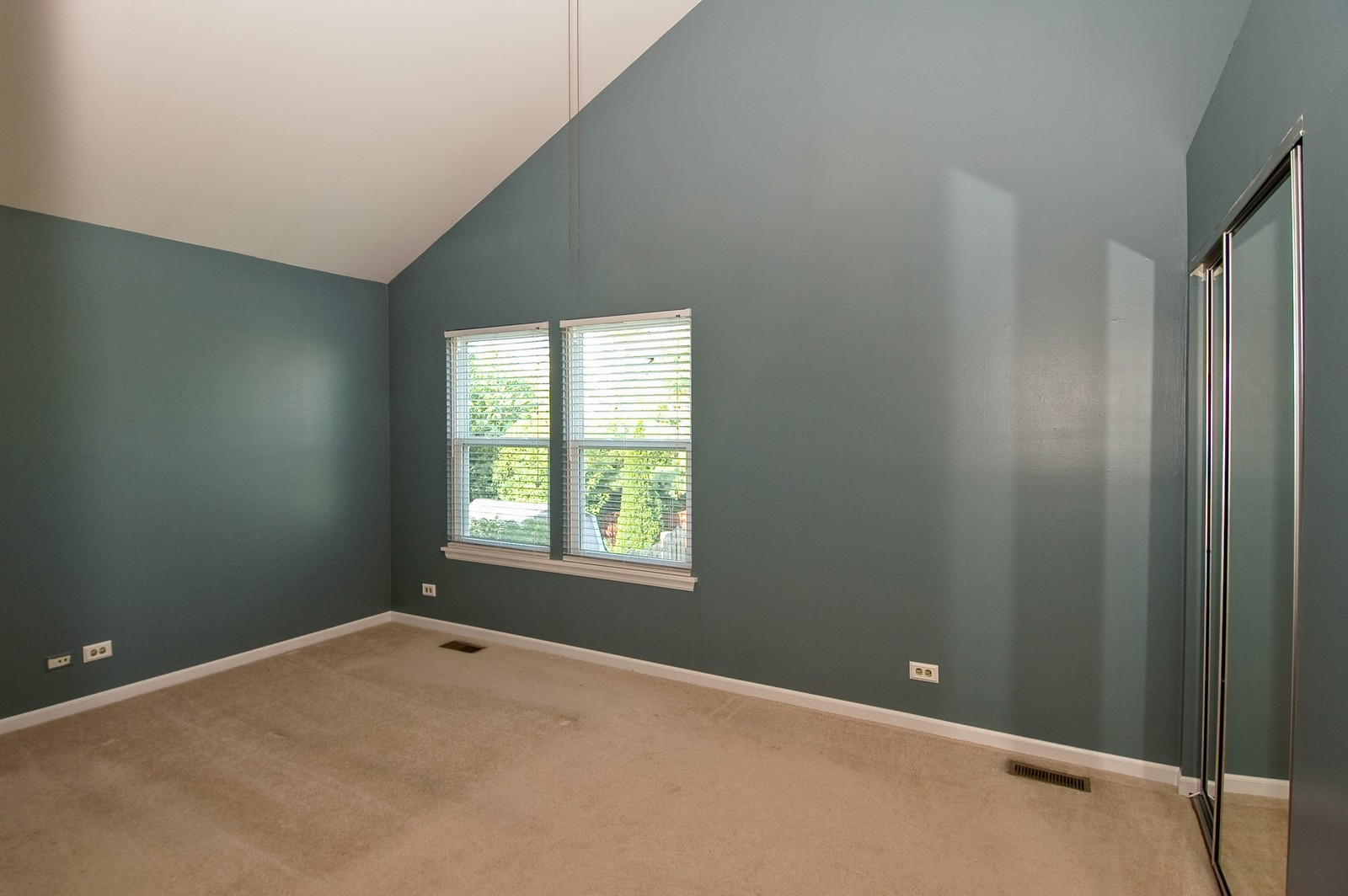 Real Estate Photography - 1700 Brompton Ln, Crystal Lake, IL, 60014 - Master Bedroom