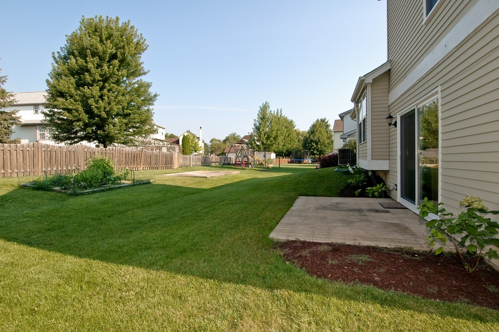 Real Estate Photography - 1700 Brompton Ln, Crystal Lake, IL, 60014 - Back Yard