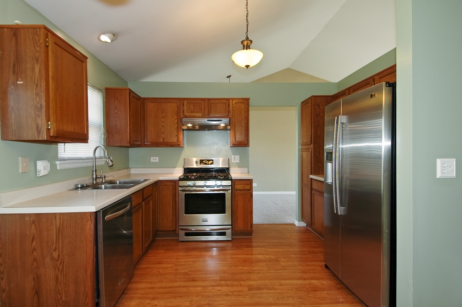 Real Estate Photography - 1700 Brompton Ln, Crystal Lake, IL, 60014 - Kitchen