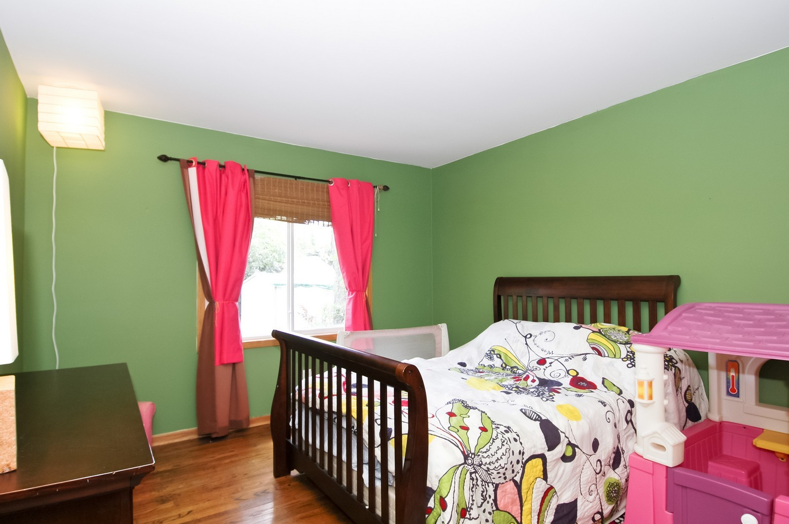 Real Estate Photography - 55 Surrey Ln, Crystal Lake, IL, 60014 - Bedroom