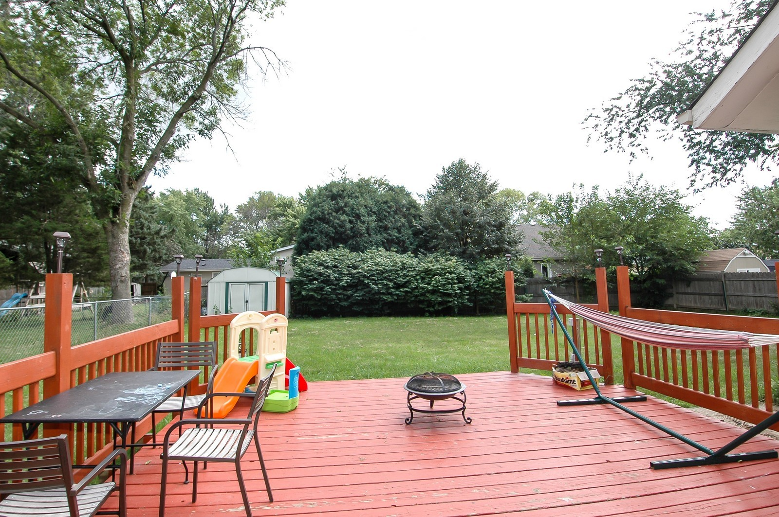Real Estate Photography - 55 Surrey Ln, Crystal Lake, IL, 60014 - Deck