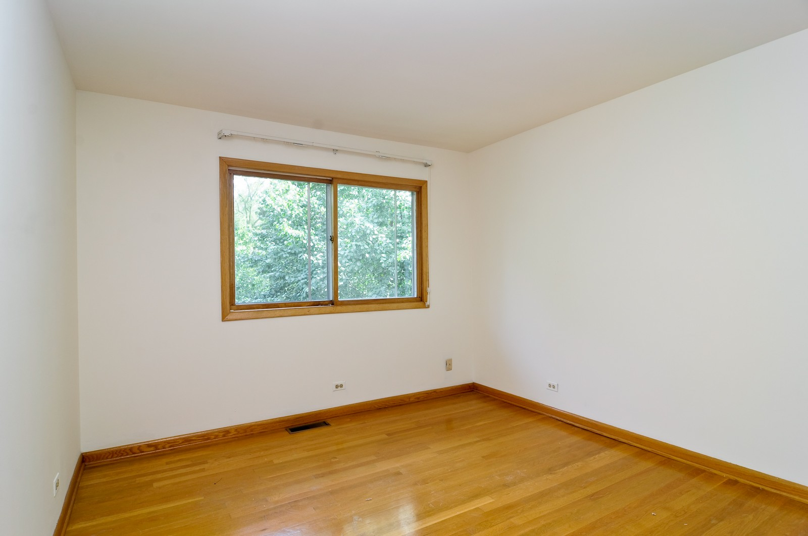 Real Estate Photography - 232 George St, Barrington, IL, 60010 - 3rd Bedroom