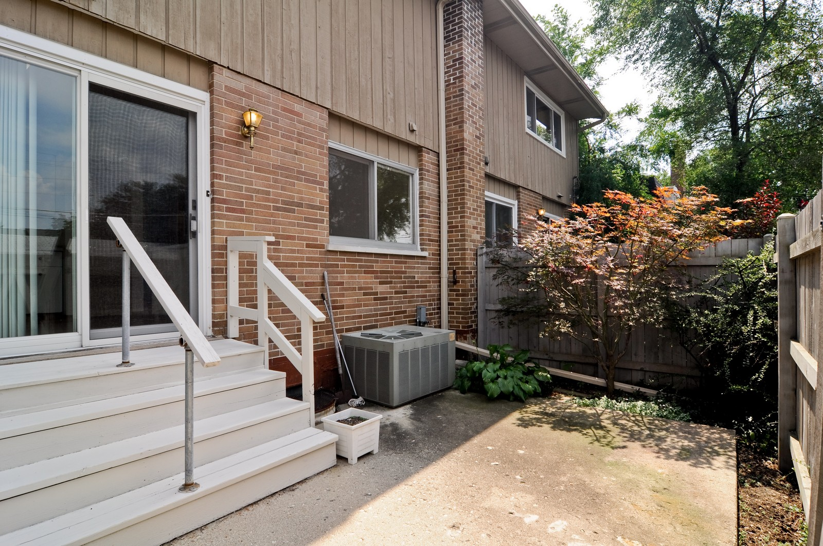 Real Estate Photography - 232 George St, Barrington, IL, 60010 - Patio