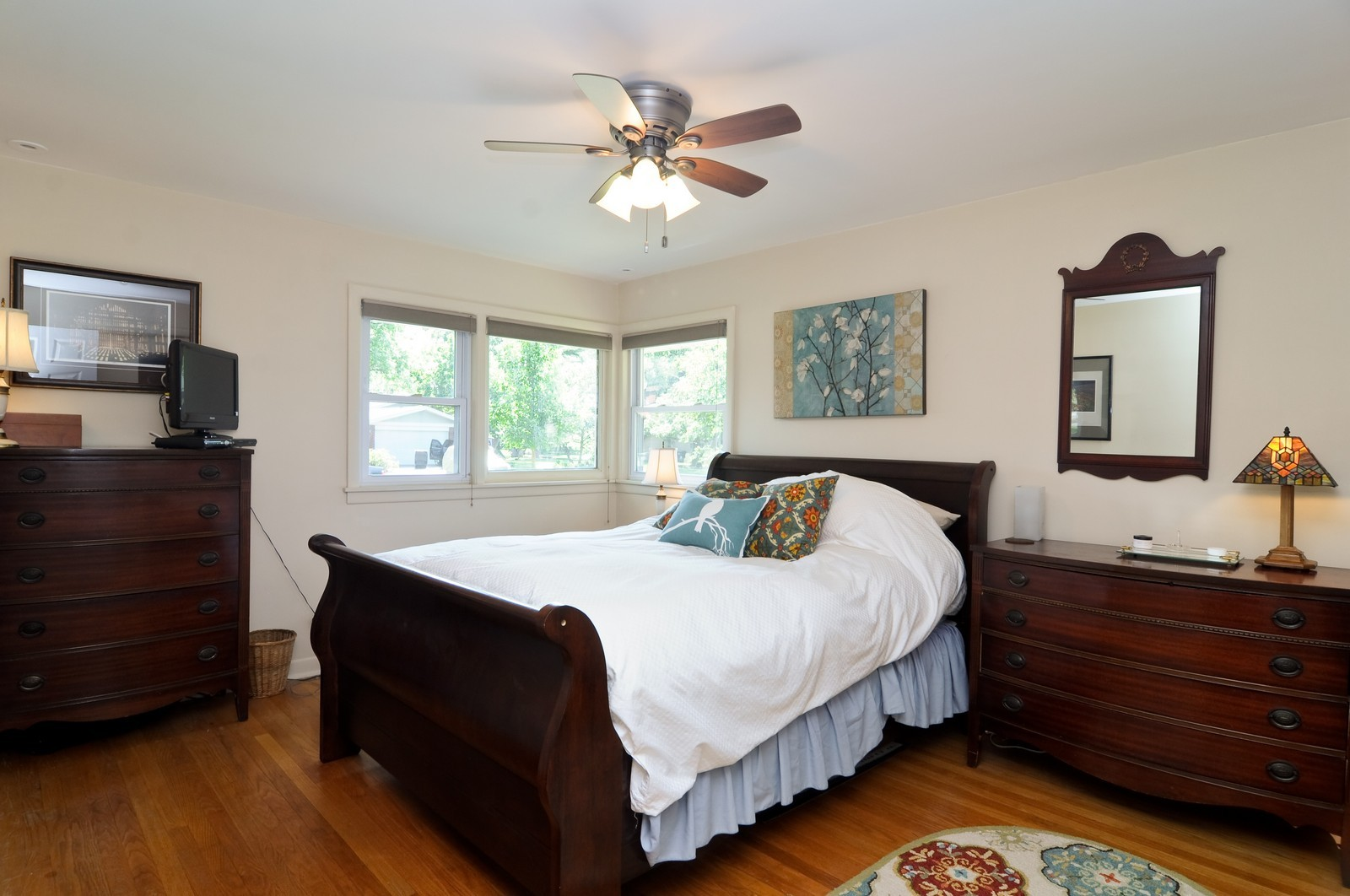 Real Estate Photography - 240 Sharon Dr, Barrington, IL, 60010 - Master Bedroom