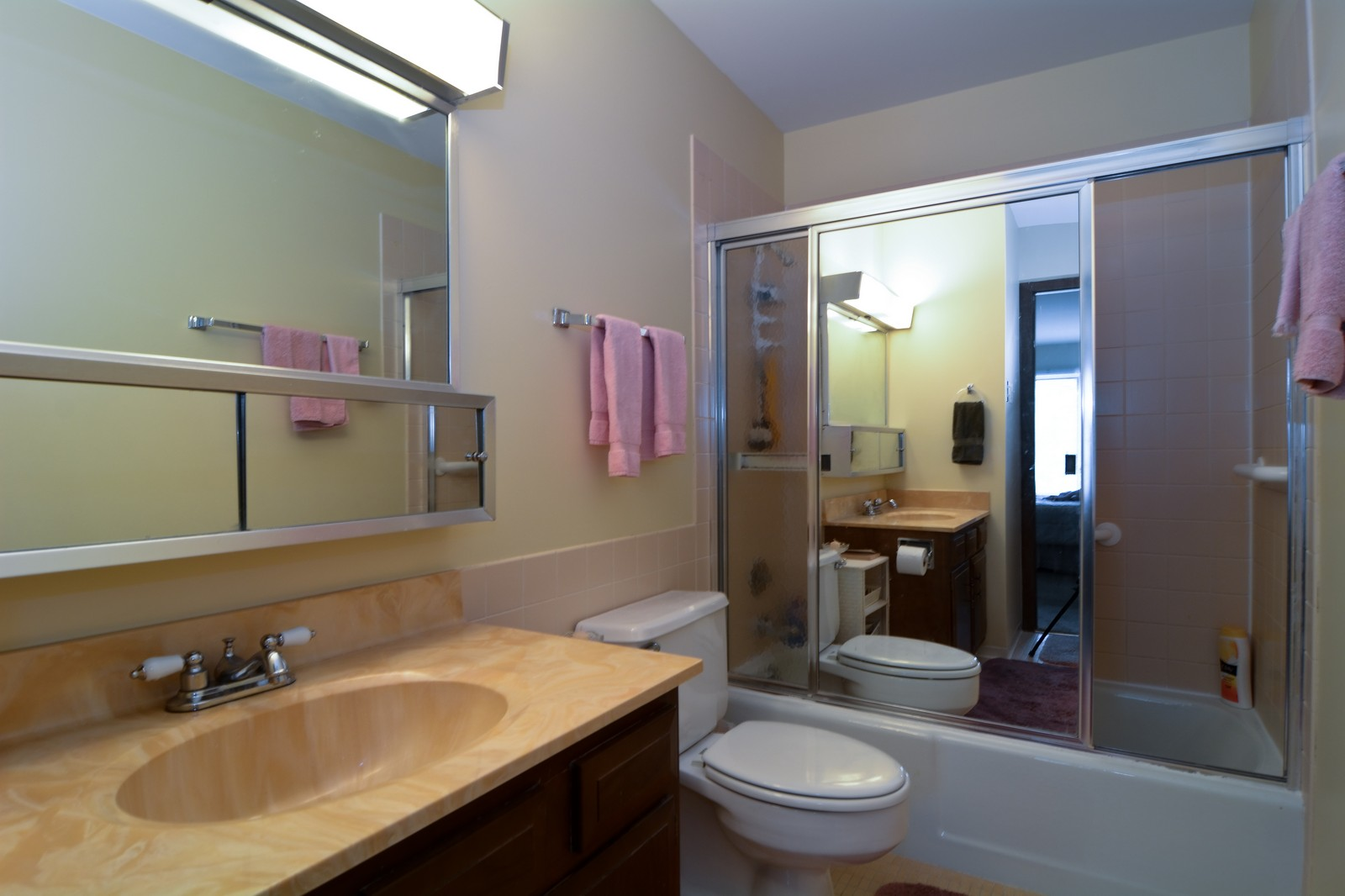 Real Estate Photography - 6545 S Main St, Downers Grove, IL, 60516 - Master Bathroom