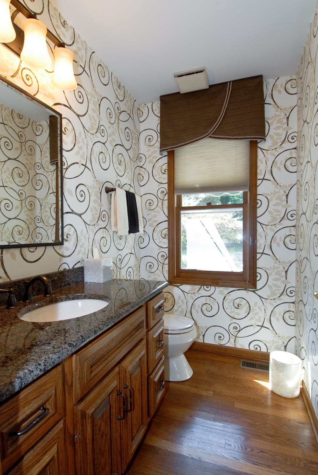 Real Estate Photography - 335 Persimmon Dr, St Charles, IL, 60174 - Bathroom