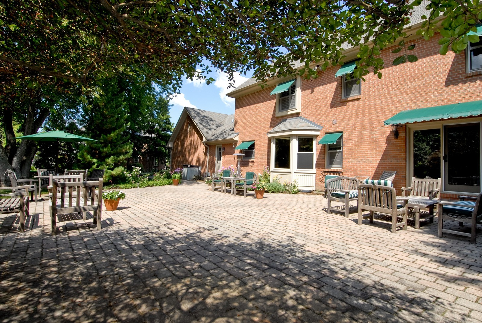 Real Estate Photography - 335 Persimmon Dr, St Charles, IL, 60174 - Patio