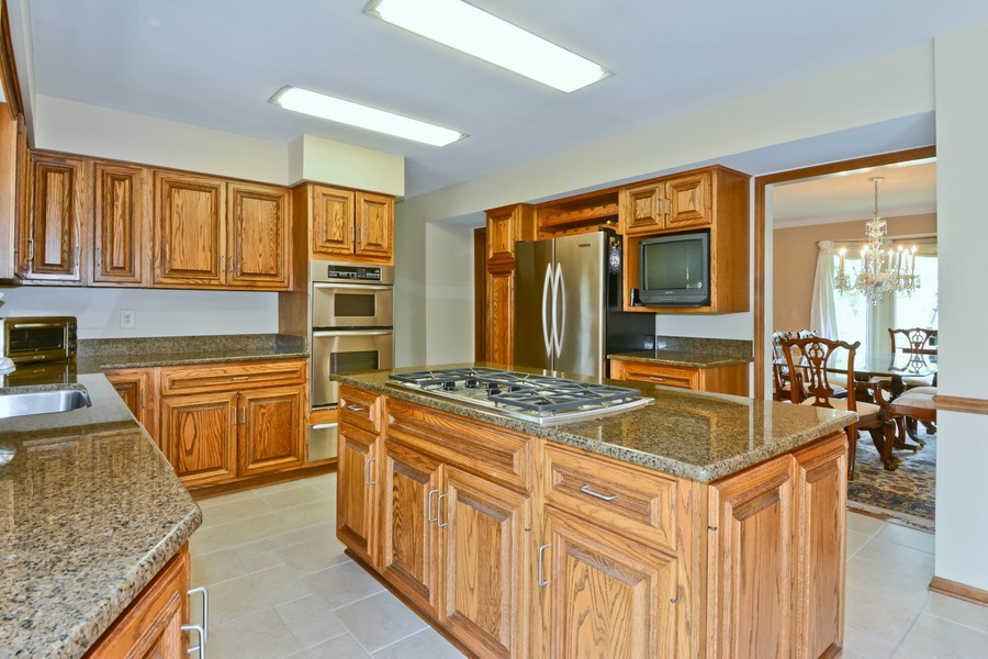 Real Estate Photography - 335 Persimmon Dr, St Charles, IL, 60174 - Kitchen