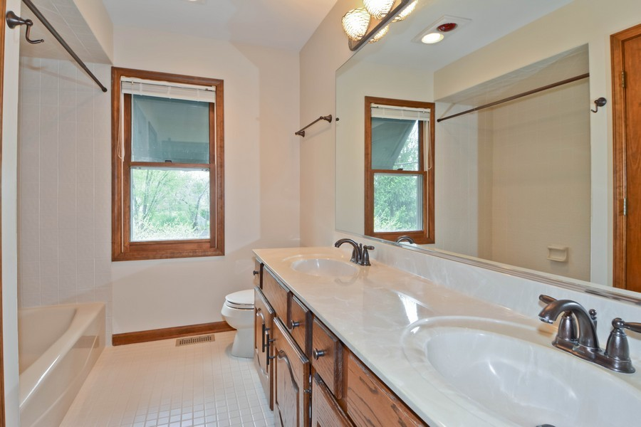 Real Estate Photography - 335 Persimmon Dr, St Charles, IL, 60174 - 2nd Bathroom