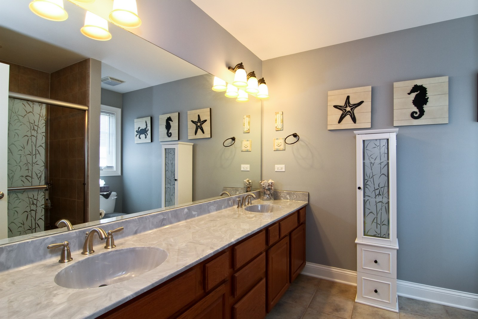Real Estate Photography - 2215 Maple Hill Ct, Downers Grove, IL, 60515 - Master Bathroom