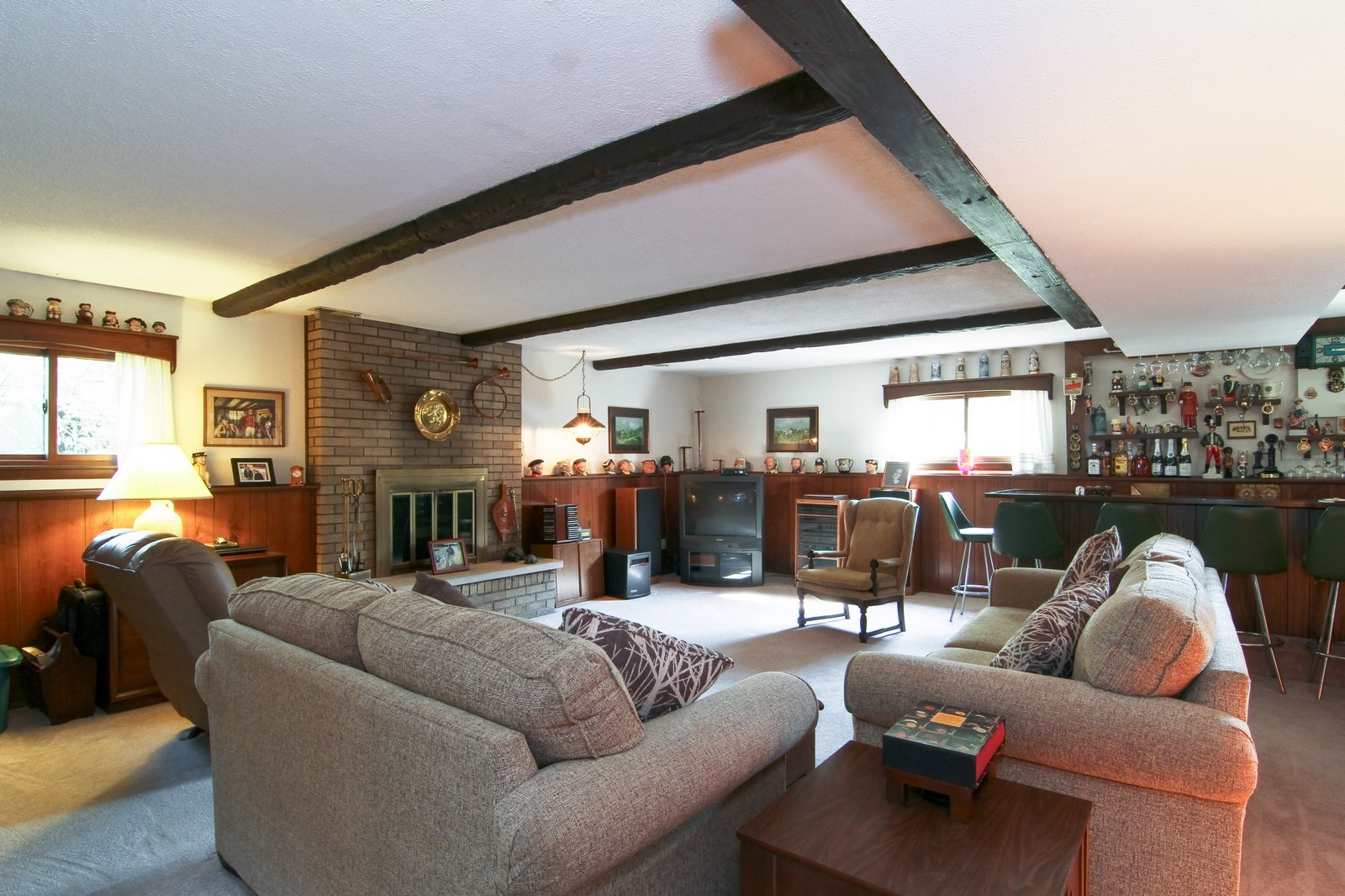 Real Estate Photography - 2100 Midhurst Rd, Downers Grove, IL, 60516 - Lower Level