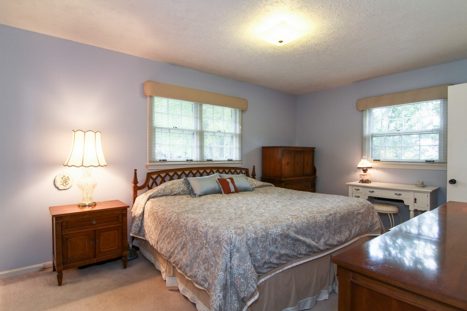 Real Estate Photography - 2639 Vale Ct, Downers Grove, IL, 60516 - Master Bedroom
