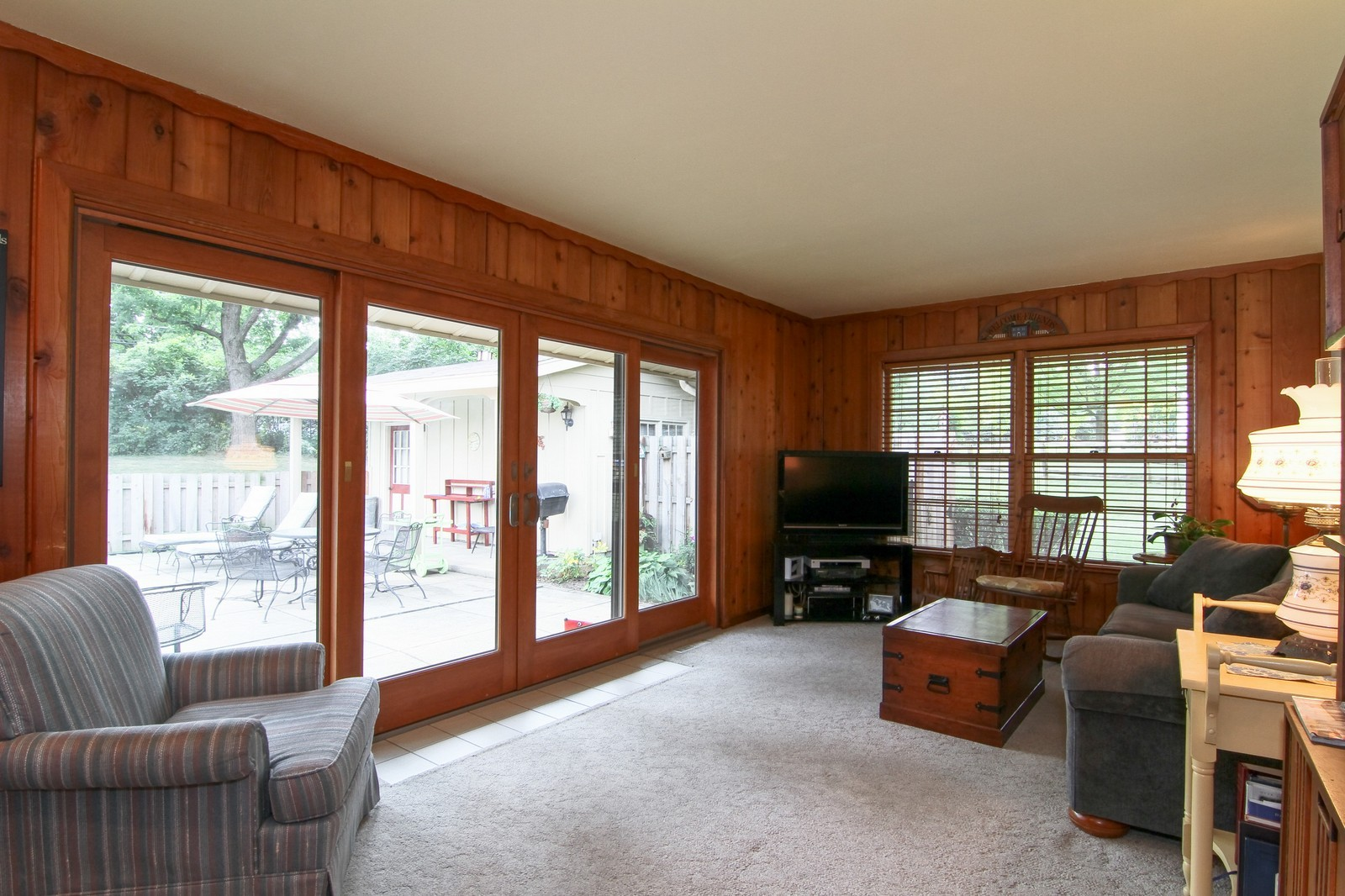 Real Estate Photography - 2639 Vale Ct, Downers Grove, IL, 60516 - Family Room