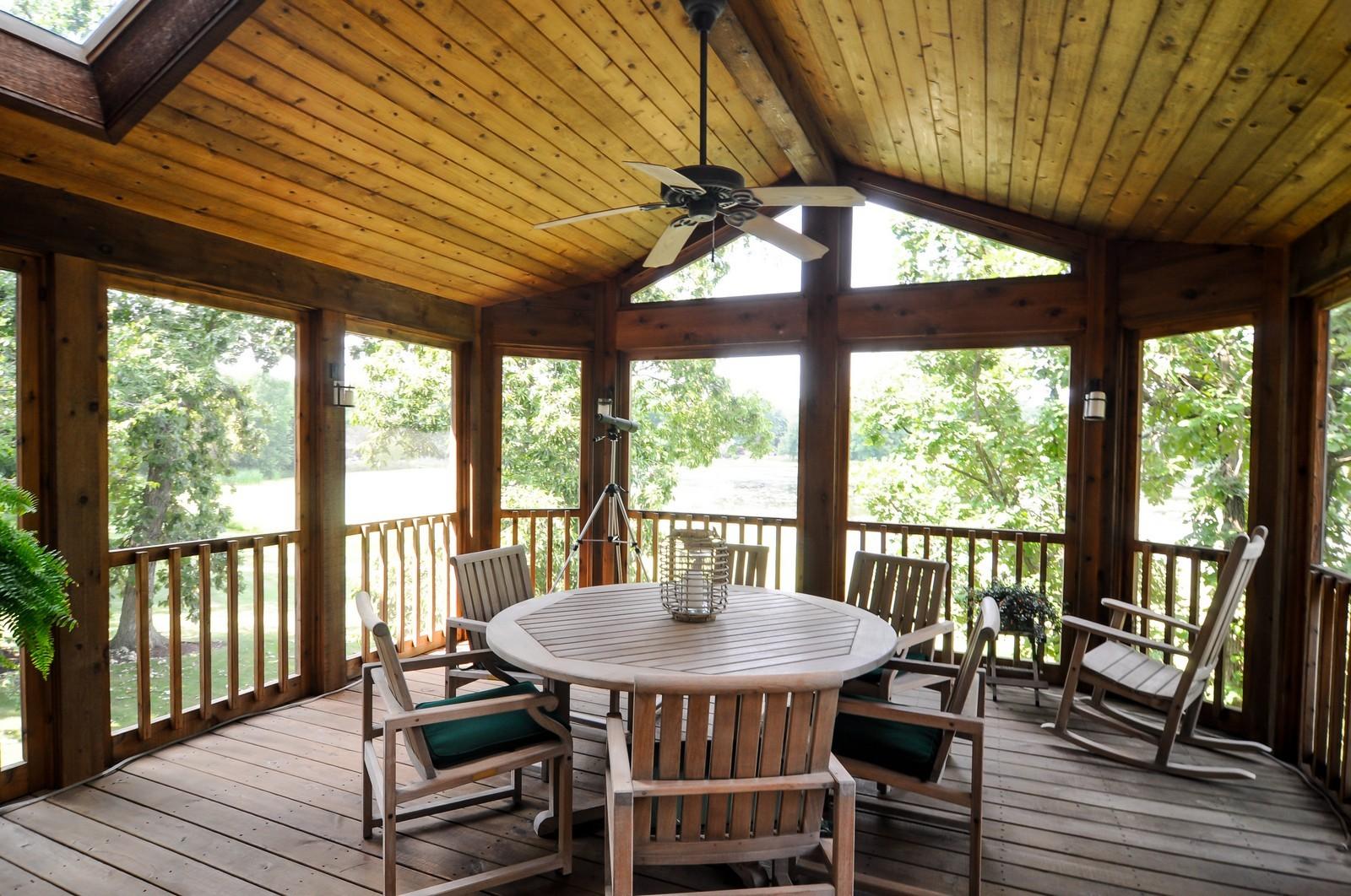 Real Estate Photography - 22822 Glenhurst Rd, Deer Park, IL, 60010 - Sun Room