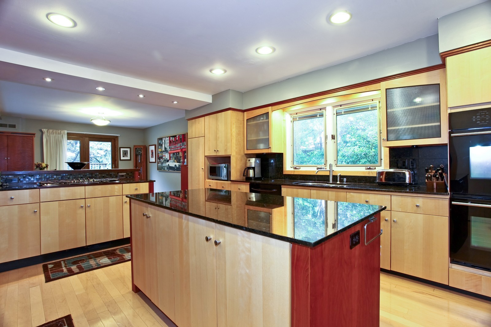 Real Estate Photography - 5332 Riverview Dr, Lisle, IL, 60532 - Kitchen