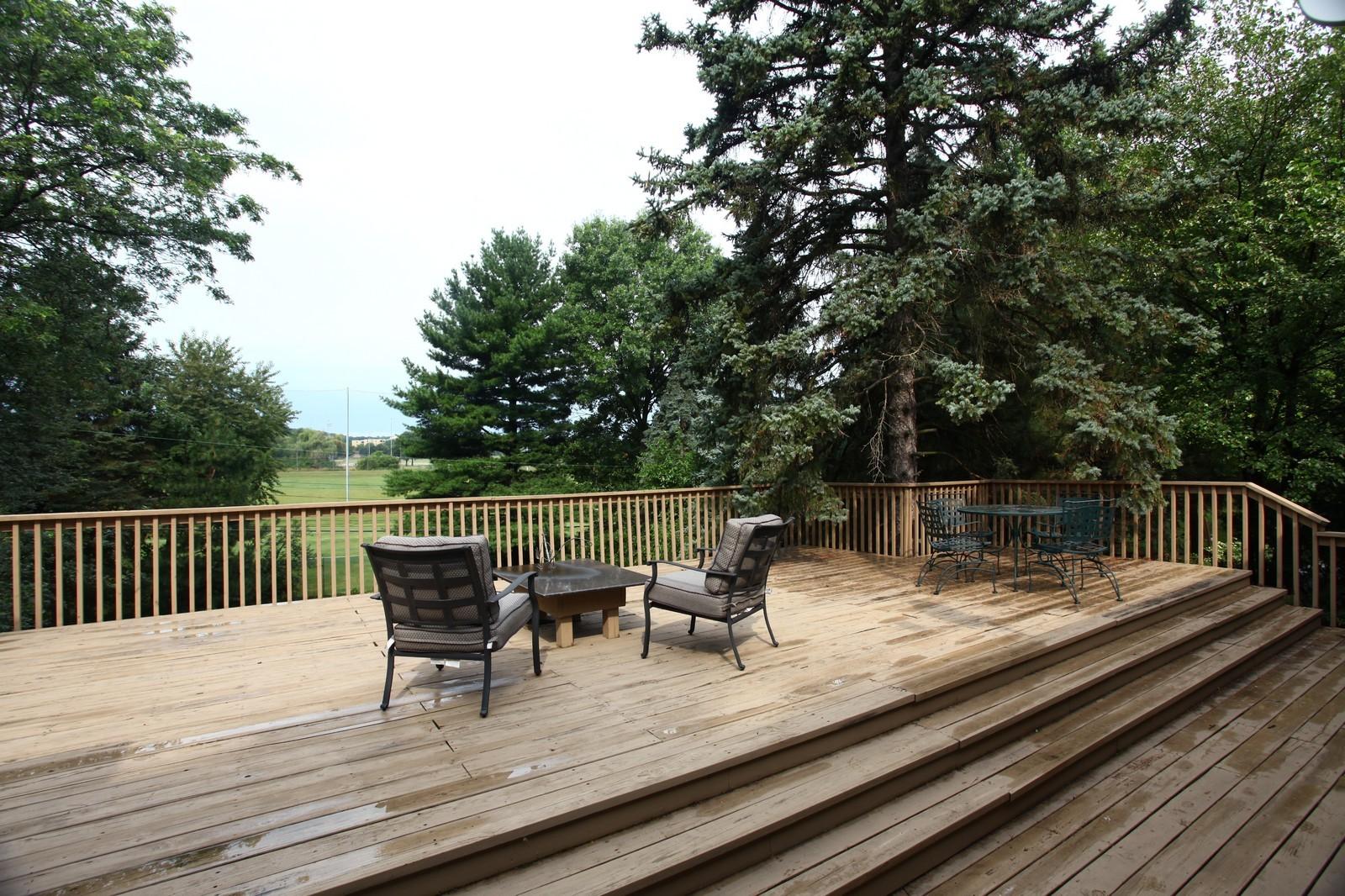 Real Estate Photography - 5332 Riverview Dr, Lisle, IL, 60532 - Deck