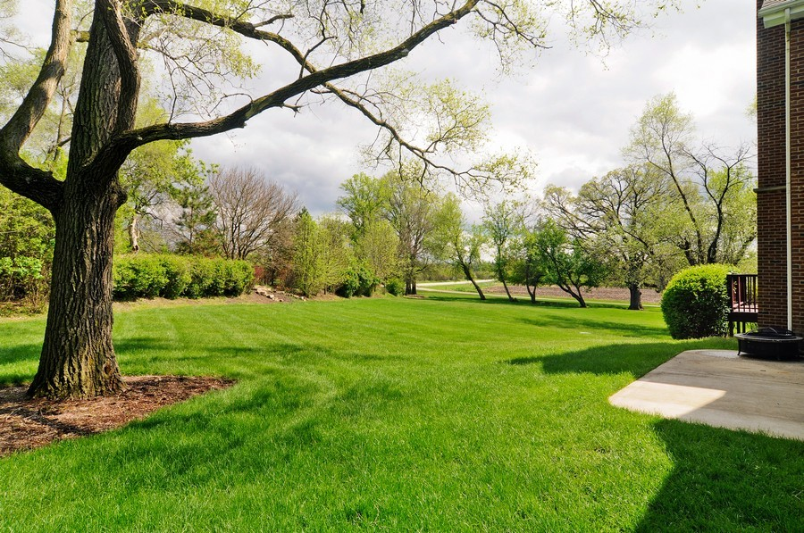 Real Estate Photography - 127 Cranberry Ct, Lake Barrington, IL, 60010 - Back Yard