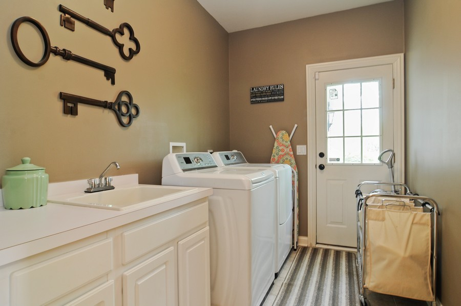 Real Estate Photography - 127 Cranberry Ct, Lake Barrington, IL, 60010 - Laundry Room