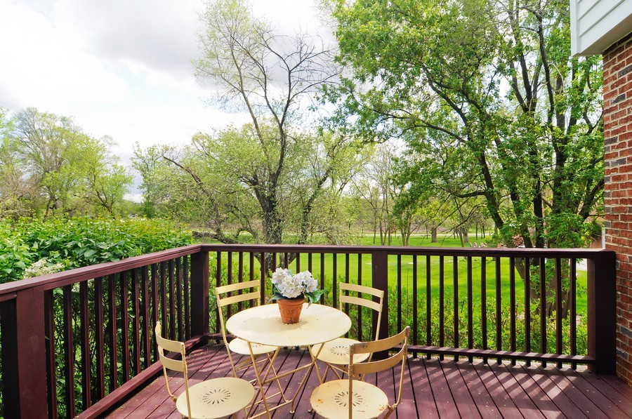 Real Estate Photography - 127 Cranberry Ct, Lake Barrington, IL, 60010 - Deck