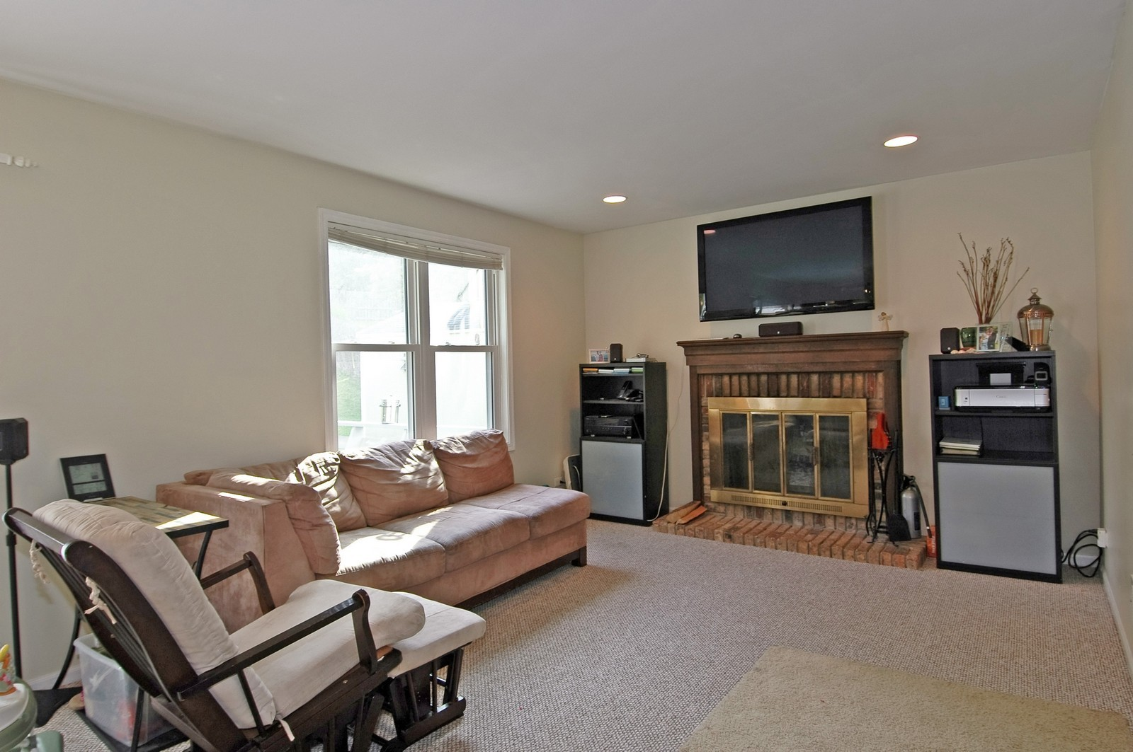 Real Estate Photography - 1055 Meghan Ave, Algonquin, IL, 60102 - Family Room