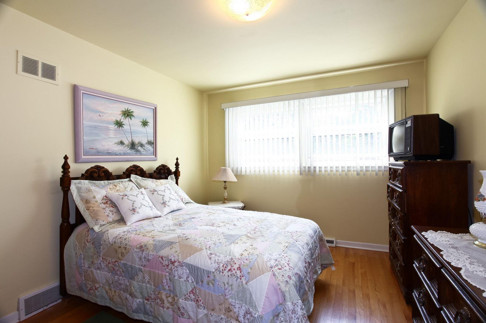 Real Estate Photography - 3949 Main ST, DOWNERS GROVE, IL, 60515 - Bedroom