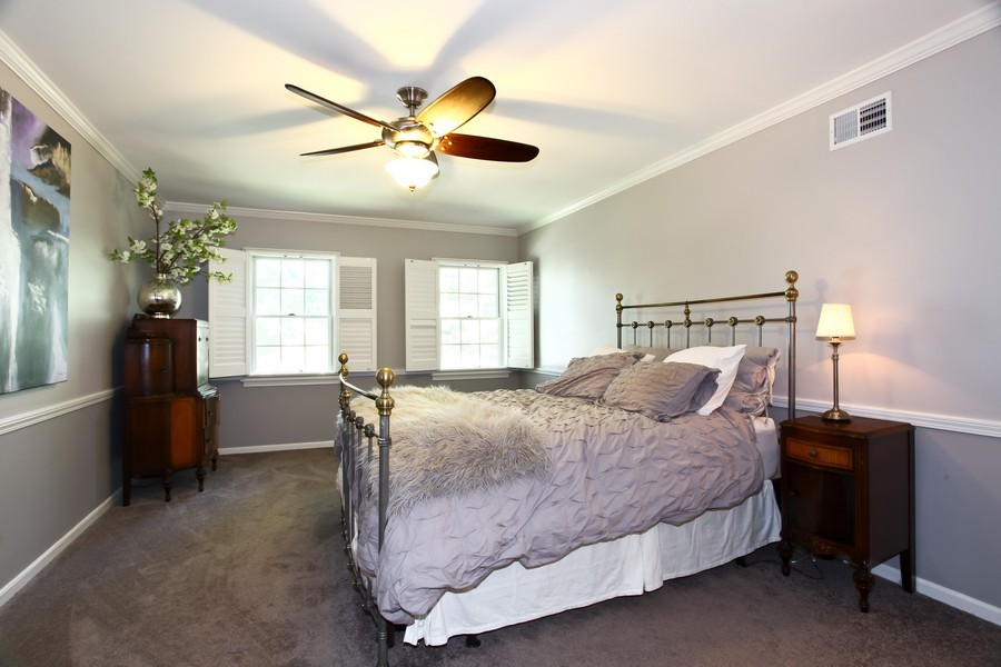 Real Estate Photography - 1525 Almond Ct, DOWNERS GROVE, IL, 60515 - Master Bedroom