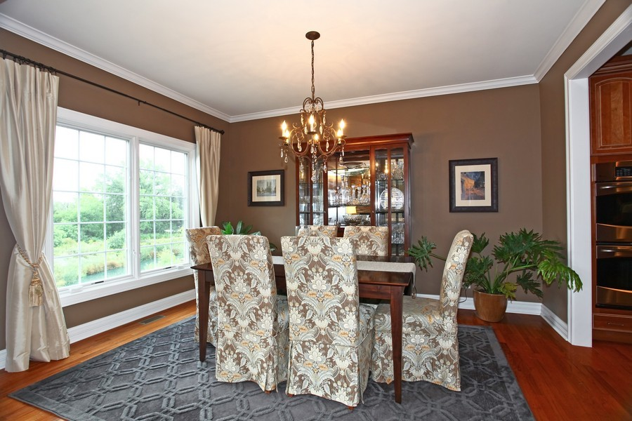 Real Estate Photography - 22W411 Crimson King LN, GLEN ELLYN, IL, 60137 - Dining Room