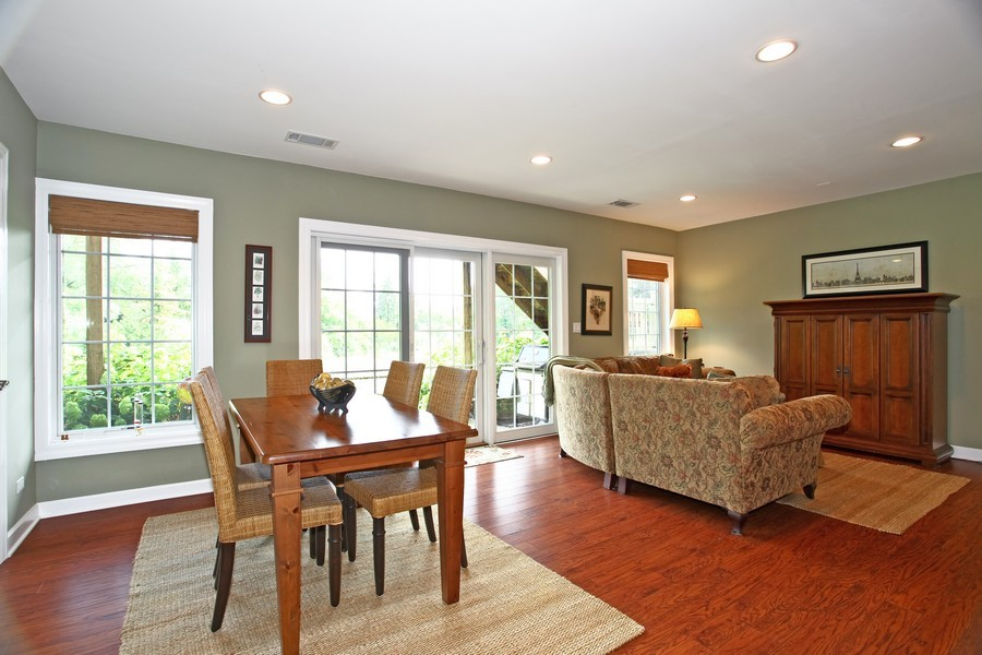 Real Estate Photography - 22W411 Crimson King LN, GLEN ELLYN, IL, 60137 - Family Room